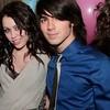 JonasBrothers-and-Miley