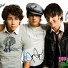 x3-jonas-brother-x3