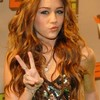 miley-cyrus-loveuse