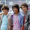 x--Jonas--Brothers--C-x