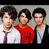 X-Jonas-Brothers-Fiiic-X