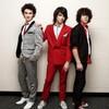 Jonas-Brothers-x3-Fiik