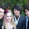jonas-brothers-avril