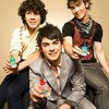 JONAS-BROTHER-LOVE-JB
