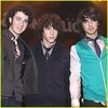 Jonas-Brothers-ii-Love