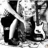 kleine-rockmusikerin