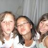 3-filles-sur-1-plage