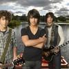 Jonas-Brothers-x3-Rock