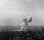 Impact d'une bombe volante V1 sur Londres
