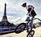 Matthias Dandois Tour Eiffel