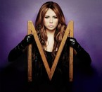 "Photoshoots > 2010 >#6 Promotion de l'album ""Can't Be Tamed"""