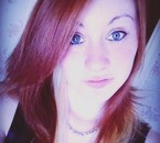 Moi actuellement avec mon tie and dye roux ;D