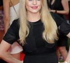 Duffy se transforme en une Brigitte Bardot le temps de quelques photos, une réussite.