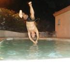 moi dans la piscine en vacances