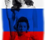 Lena & Yulia avec drapeau russe