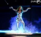 Fergie sur scène