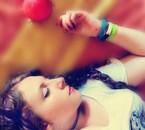 Le poison d'une pomme Volé par une minuscule marque de dent