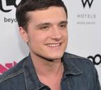 """Josh aux """"NewNowNext Awards 2012"""""""