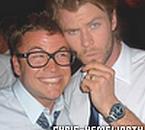 Luke Hemsworth (le frère aîné de Chris) et Chris Hemsworth