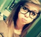 mwa avek mes lunettes mouai ca le fait pas trop