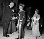 Princess Muna with king Hussein in Paris, greating de Gaulle