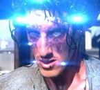 Eric Balfourt dans Skyline ! film genial