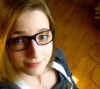 Regarde mes lunettes, elles sont belles