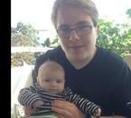 Moi avec mon cousin de 2 mois