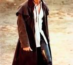 Enrique vraiment trop sexy en cuir comme les cowboys