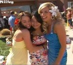 Miley, Vanessa Hudgens & Ashley Tisdale