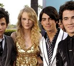 Les Jonas Brothers et Taylor Swift