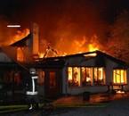 Une maison réduite en cendres à Onoz , le 2 novembre 2008
