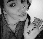 Alexou (L)