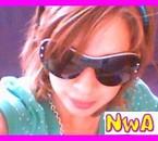 *Me ac des lunettes ! lol ! tit mOntage de NwA ! lache tes c