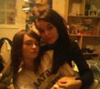 Stéphanie & Doryane; La Famille, Rieen N'est Plus Important.