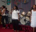 Beniko et la soeur bambie au concert de olivier kalabasi