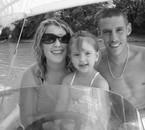 Mon fils Steve avec sa copine et leur fille ma chérie Célia
