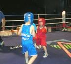 Mais aussi de la boxe éducative avec Abija..