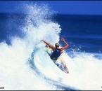 surf acrobatique sur une vague  tout un art