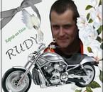 Rudy ='( tous nous manqe , on toublira jamais !! on t'aime !