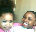 ma soeur et ma cousine tro mimi