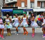 Carnaval de paris 2010  LES FÉES CLOCHETTES