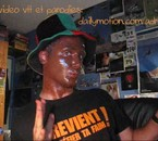 parodie dune chanson -->dailymotion.com/adrivtt