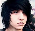 --- > Alex Evans  <3