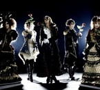 WE ARE VERSAILLES