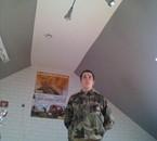en uniforme militaire
