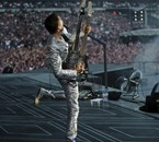 Matthew Bellamy avec sa CasinoCaster au Stade De France !