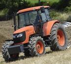 le modèle  de tracteur kubota que mon père va acheter!!!!!!!