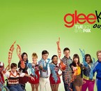 Glee_Season_2_Wallpaper_Promo_by_rhiblitzleberry.jpg