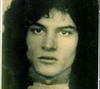 Moi vivant a paris ! 1973 a Montmartre . ( Sacré Coeur) a+